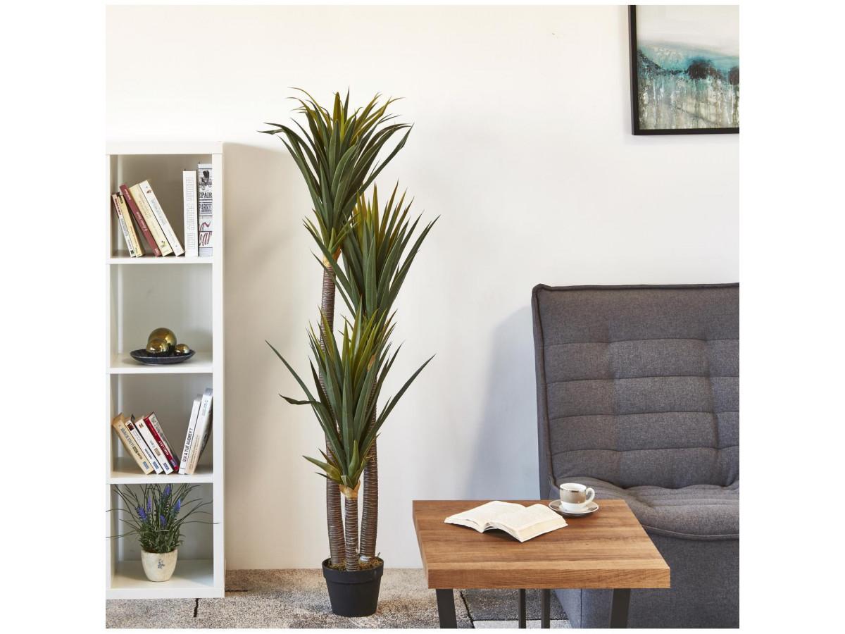 Plante artificielle en polyethylène a 153 feuilles et son pot noir Olla2