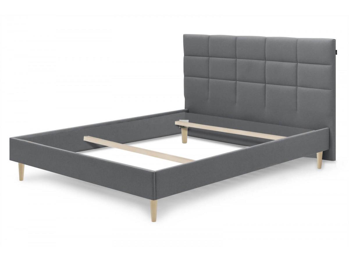 Structure de lit CARRE pieds bois naturel 180 x 200 cm